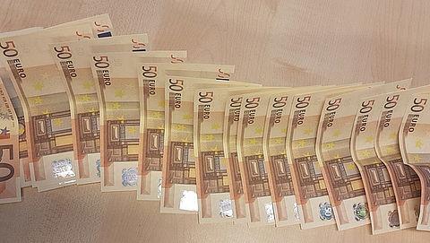 Man verstopt vals geld in zijn onderbroek
