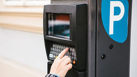 Babbeltruc over parkeerkaartje kost Delftenaar 1.900 euro