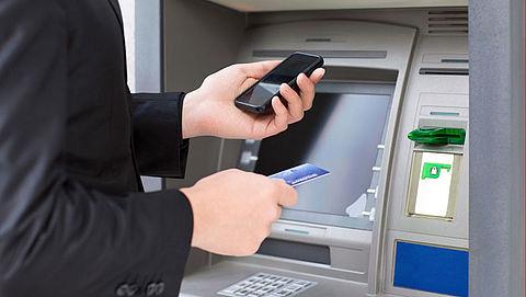 Politie waarschuwt voor babbeltruc 'bankpas vervangen'
