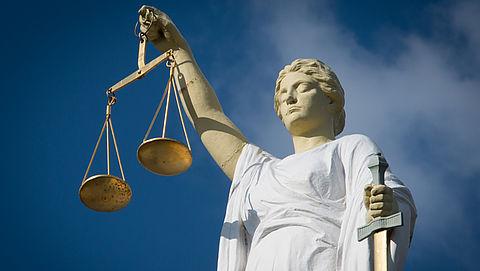 Celstraf voor frauderende corporatiedirecteur