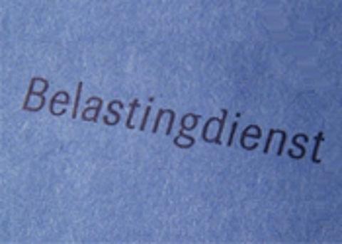 Postbode steelt 2 ton via belastingbrieven