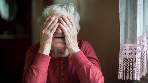 Nepmonteurs van 'Essent' bestelen vrouw (97) na babbeltruc