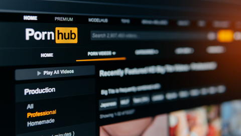 Afpersing na bezoek aan pornosite? Oplichters eisen bitcoins in valse mail, anders maken ze webcambeelden openbaar