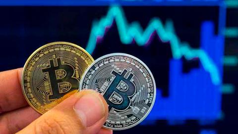 Politie: 'Slachtoffers van bitcoinfraude opnieuw opgelicht voor duizenden euro's'