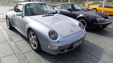'Schaamteloze Porsche-verkoper' krijgt celstraf