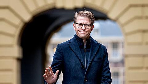 Minister Dekker 'wint' Big Brother-award
