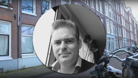 Dennis Hoefnagel betaalt de huur niet en trekt vrouwen financieel leeg