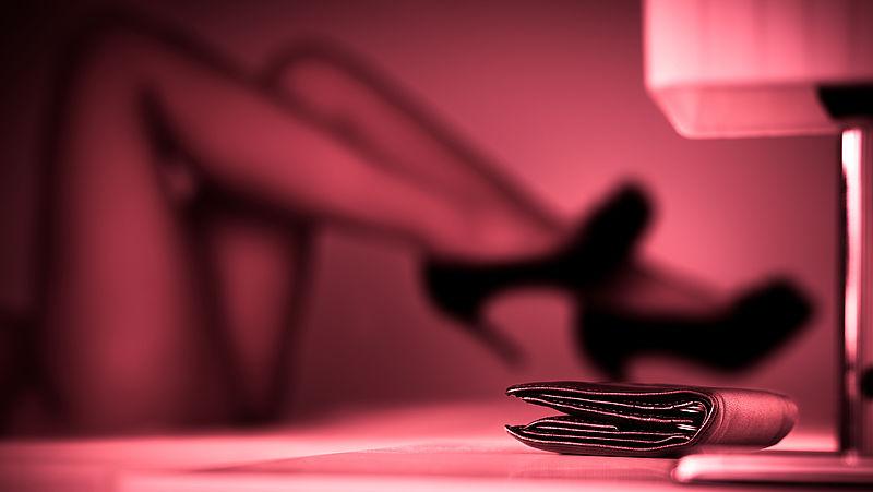 OM eist vijftien maanden cel tegen prostituee voor afpersing