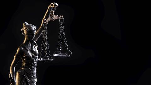 Celstraf geëist tegen oplichter die 97-jarig slachtoffer beroofde van een gouden ketting