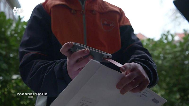 Politie waarschuwt weer voor oplichting door 'postbezorger'
