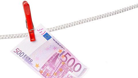 'Voor miljarden witgewassen in Nederland'