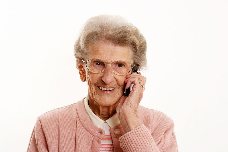 'Oma' verliest duizenden euro's door babbeltruc
