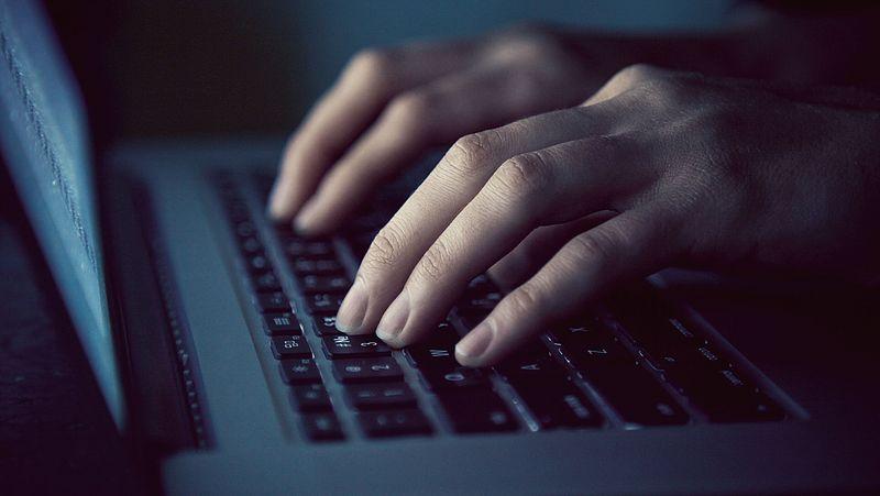 Dark patterns: zo word je online verleid (of misleid) om iets te doen wat je anders niet had gedaan