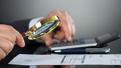 Fraude-ambtenaren krijgen werkstraf voor gesjoemel met facturen