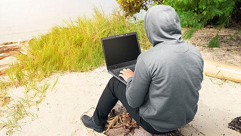 Politie waarschuwt voor zomerse fraude van cybercriminelen