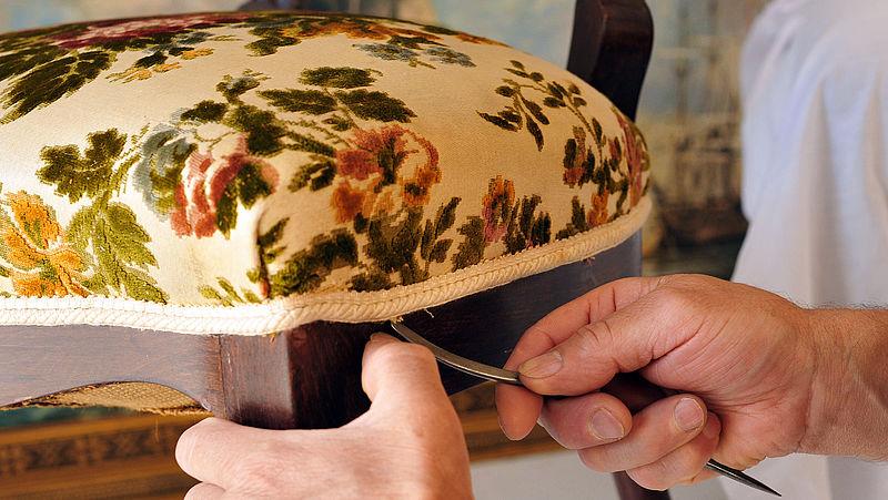 Politie Drenthe waarschuwt voor malafide meubelmakers