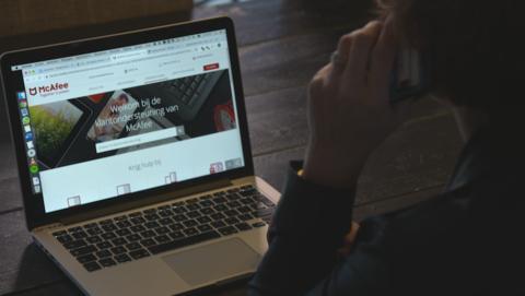 Cybertip: Opgelicht door nep-helpdeskmedewerker