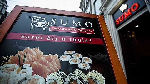OM wil documentaire belastingfraude sushiketen Sumo tegenhouden