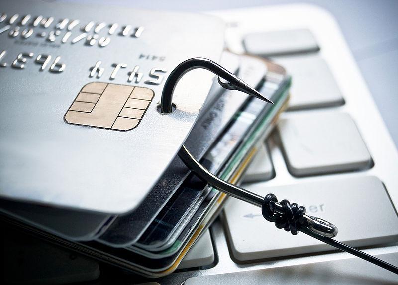 Vrouw voor 30.000 euro opgelicht via phishingmail