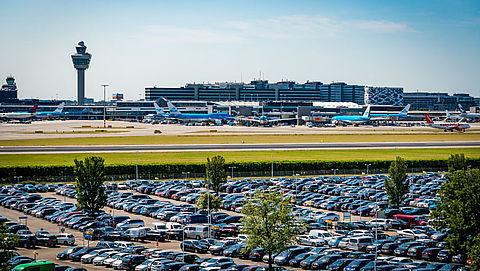 Pas op voor malafide 'valet parking'-bedrijven rond Schiphol