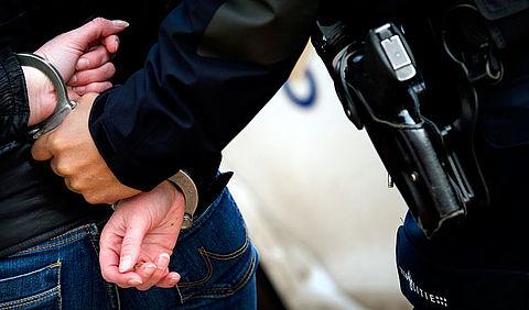 Babbeltruc-criminelen aangehouden bij acties tegen mobiele dievenbendes