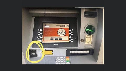 Kijk uit voor 'skimming' via verborgen camera op geldautomaten