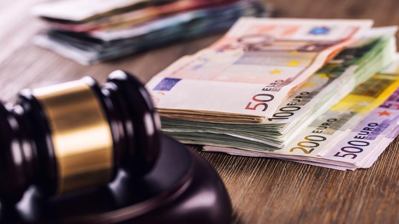 Drie jaar cel voor penningmeester die 1,9 miljoen euro verduisterde
