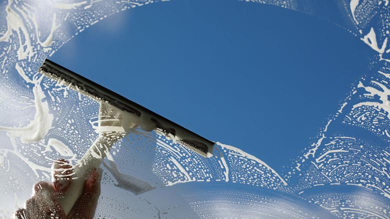 Politie waarschuwt voor 'opdringerige' glazenwassers