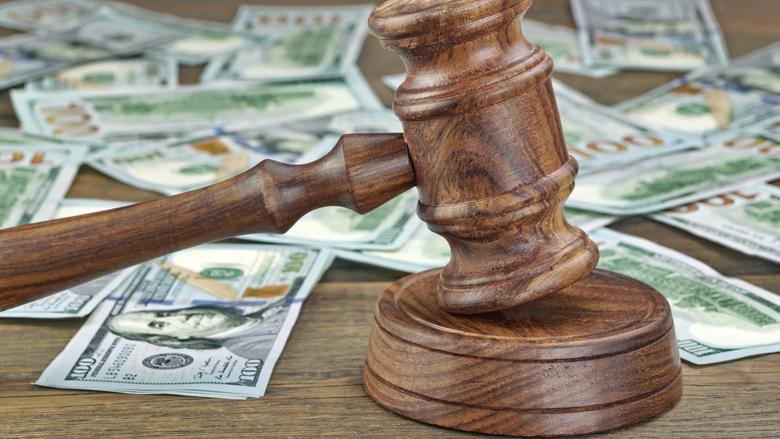 Nederlandse banken aangeklaagd wegens witwassen