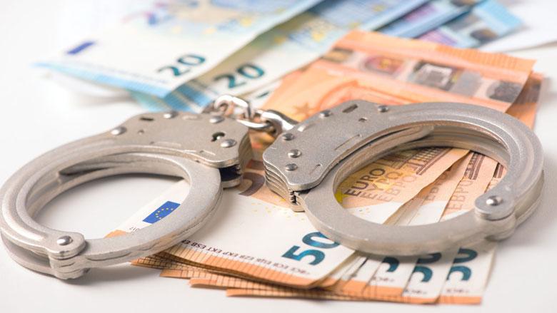 Man opgepakt om witwassen crimineel geld