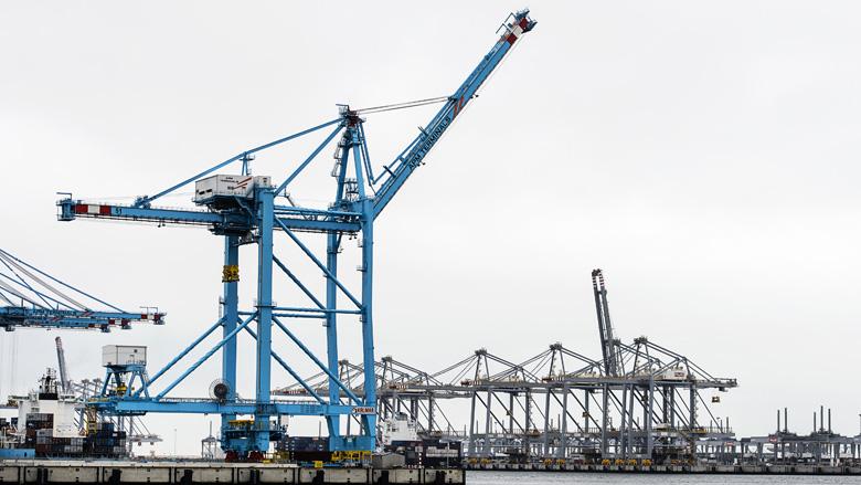 Verdachte douanier haven Rotterdam langdurig afgeluisterd door politie