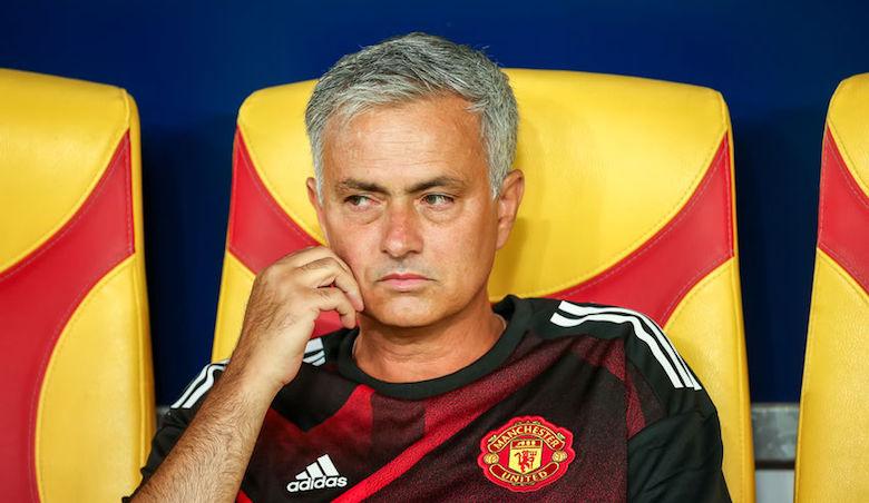 Voetbaltrainer José Mourinho accepteert miljoenenboete