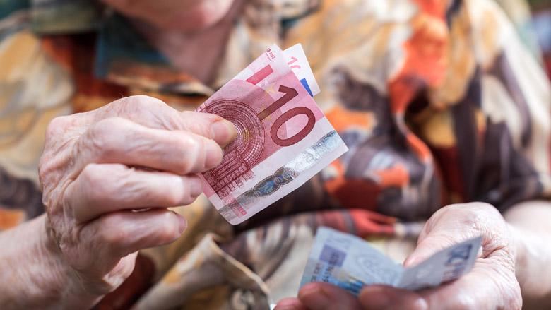 Wat moet ik weten over financiële uitbuiting van ouderen?
