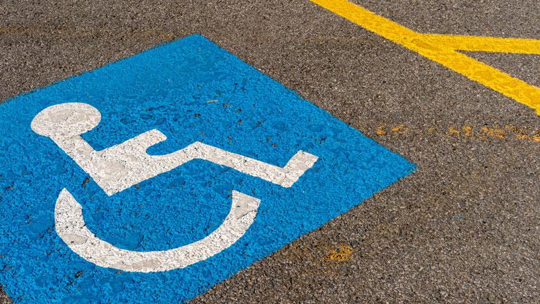 Vijftien aanhoudingen om fraude met invalidenparkeerkaarten