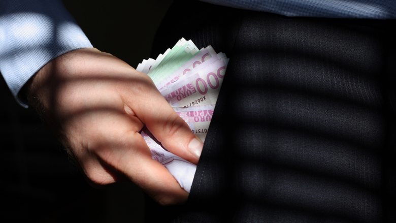 Werknemer waternet verduistert 1,5 miljoen euro