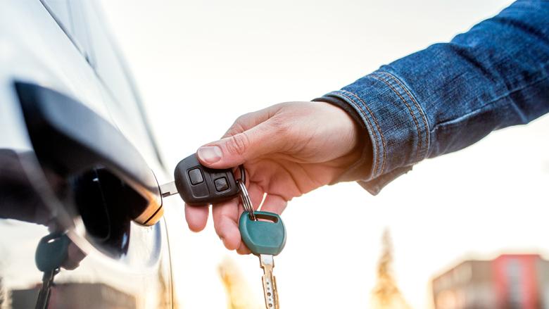 Auto's stelen kinderlijk eenvoudig: RDW past werkwijze aan