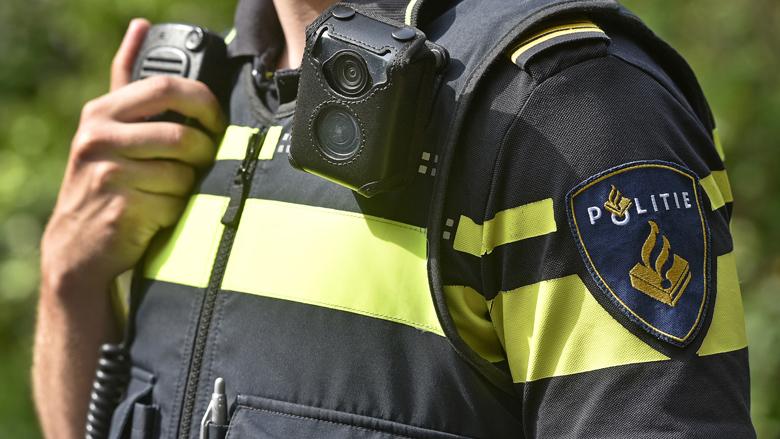 Overvallers stelen politiekleding van bezorger in Utrecht