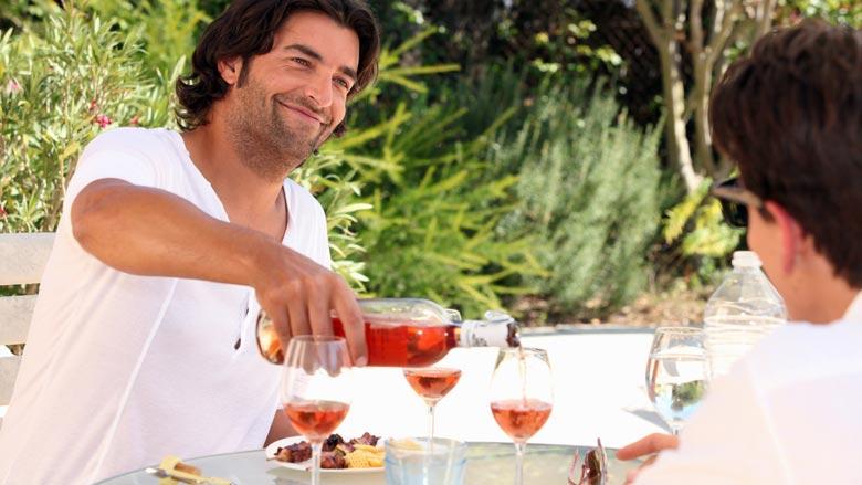 Grote hoeveelheid Spaanse rosé als Franse verkocht
