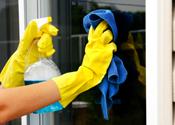 Groot schoonmaakbedrijf verdacht van fraude