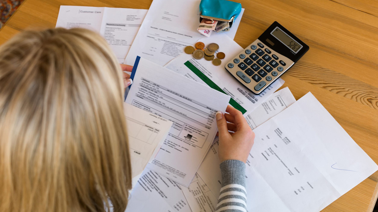 Waar moet ik op letten bij schuldhulpverlening?