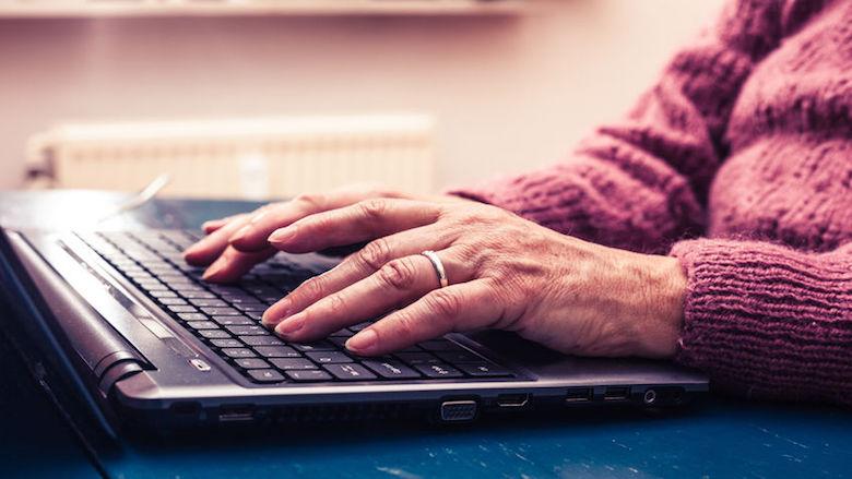 'Een op de tien ouderen vreest internetcriminaliteit'