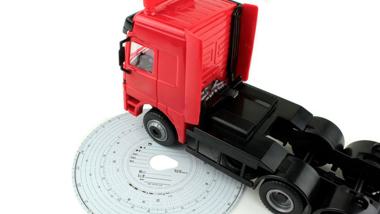Frauderen met tachograaf voor vrachtwagenchauffeurs te makkelijk