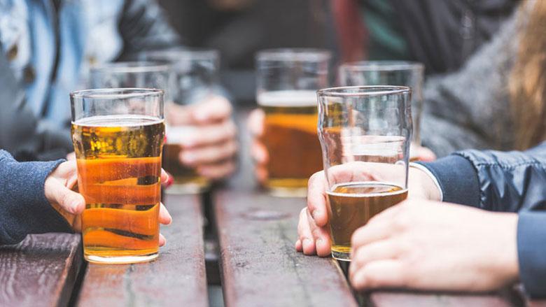 Cel geëist tegen biersjoemelaars: stel haalde fusten door autowasstraat