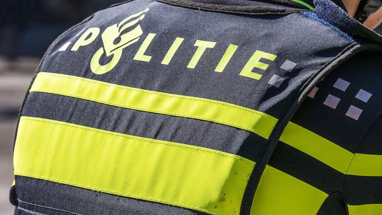 'Politieagent' besteelt hoogbejaarde (93) na babbeltruc