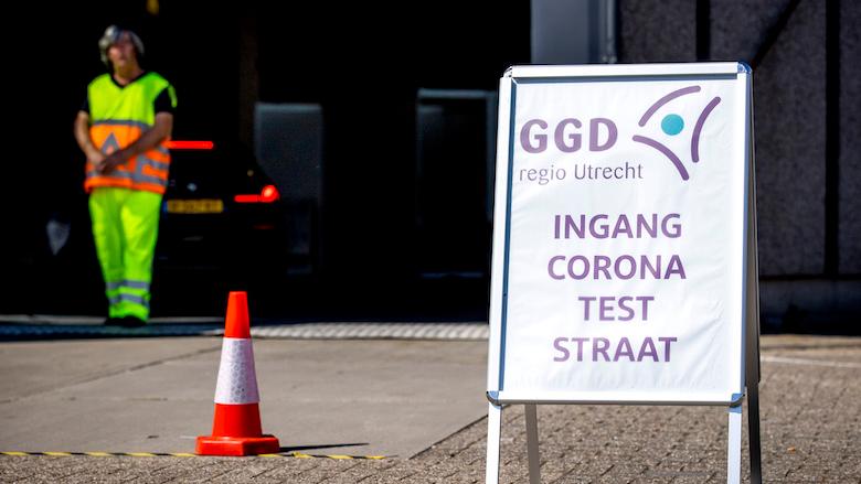 GGD-medewerker van coronanummer gearresteerd wegens oplichting: 'Vroeg geld voor een gratis coronatest'