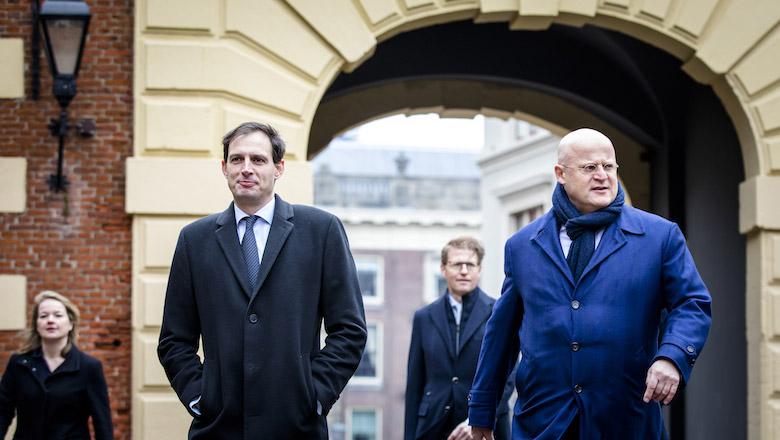 Kabinet overweegt verbod op contante betalingen boven € 3.000,-