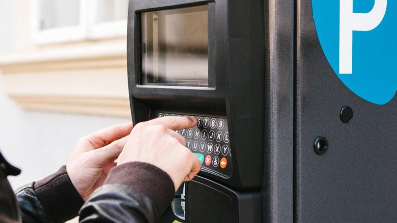 Slinkse oplichtingstruc bij parkeerautomaten