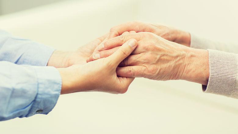 'Knuffeldieven' beroven ouderen