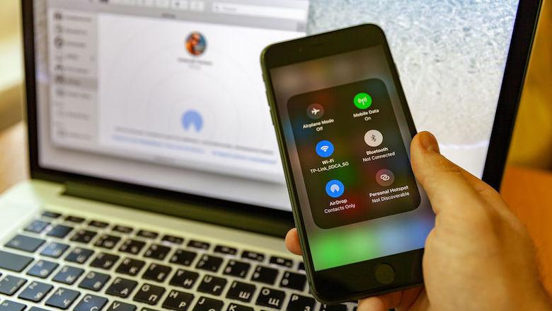 Waarschuwing Apple AirDrop: 'Optie om bestanden te delen met contacten makkelijk te hacken'