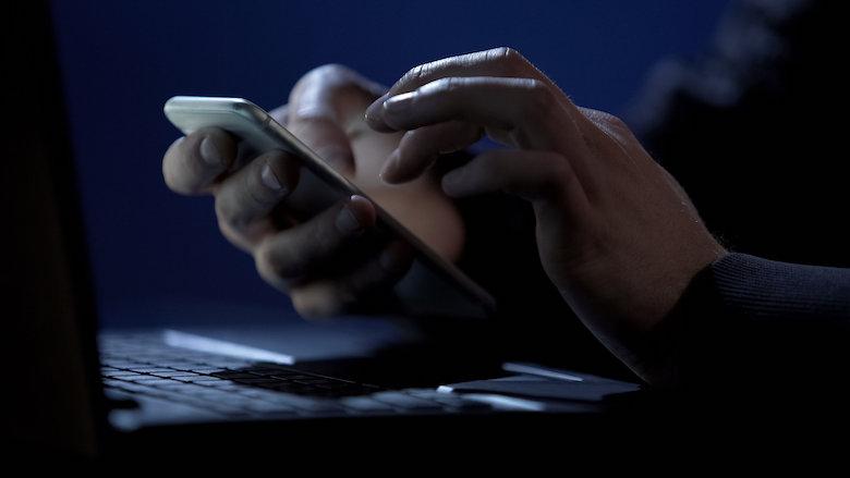 Fraudehelpdesk waarschuwt voor telefonische oplichtingstruc: 'Identiteitsfraude, arrestatiebevel en misbruik van burgerservicenummer'